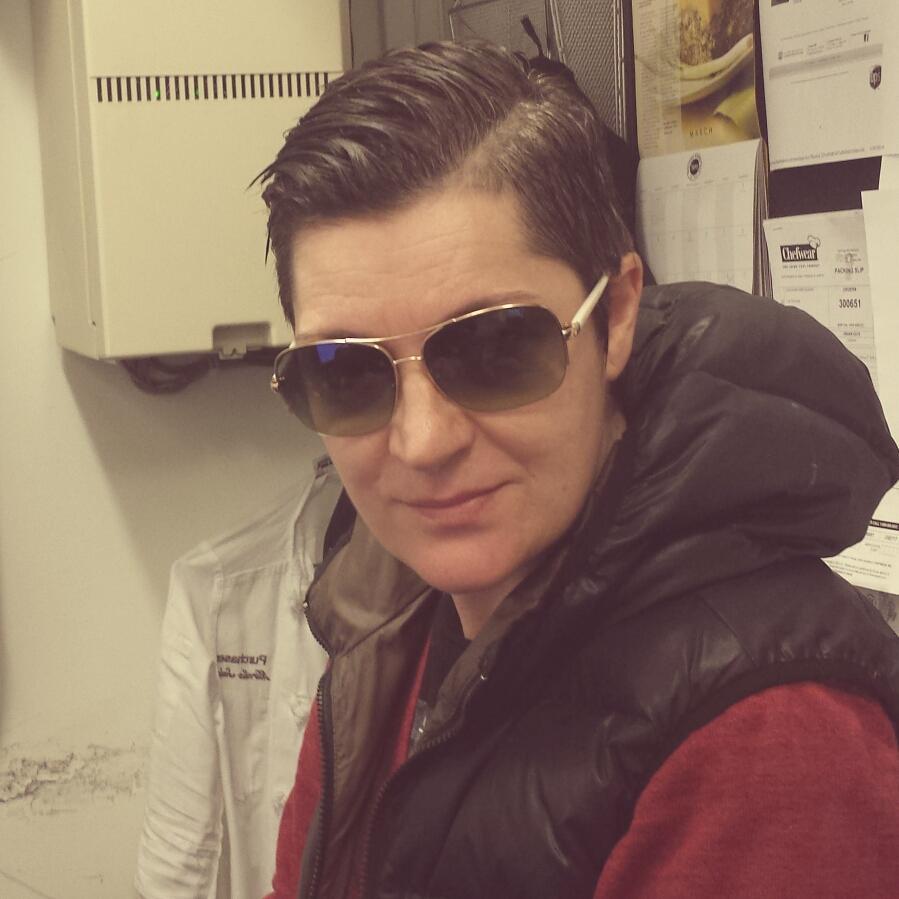 Une chef lesbienne remporte son proc s jeanne magazine - Lesbienne dans la cuisine ...