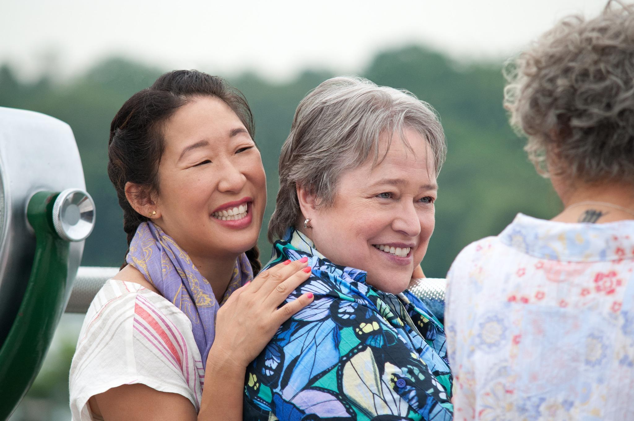 Kathy Bates et Sandra Oh en couple dans Tammy