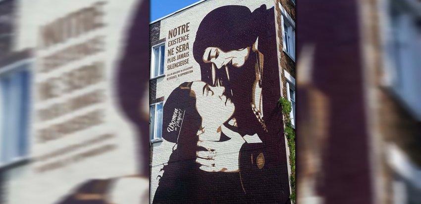 Street art à Montréal: un couple lesbien pour faire évoluer les mentalités