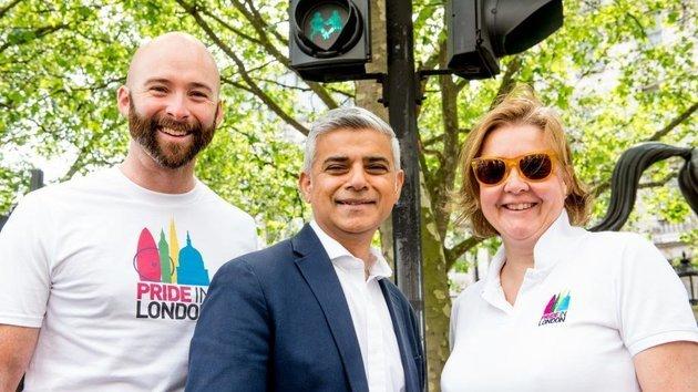 Londres : Des feux de signalisation LGBT pour «prôner la tolérance et célébrer les différences»