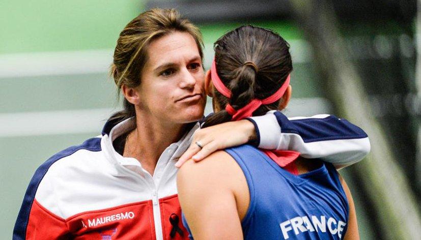 Enceinte de son deuxième enfant, Amélie Mauresmo quitte son poste de capitaine de l'équipe de France de Fed Cup