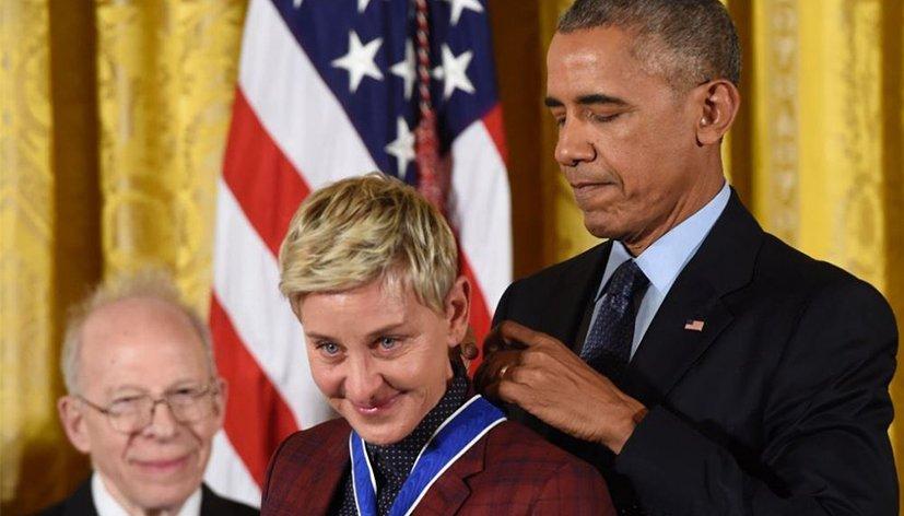Barack Obama décerne à Ellen DeGeneres la médaille présidentielle de la Liberté