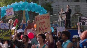 Découvrez le trailer de When We Rise, la mini-série qui retrace la lutte pour les droits des personnes LGBT