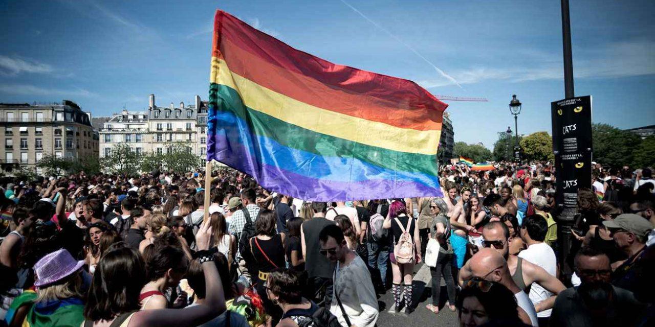 Journée Internationale contre l'homophobie et la transphobie : un guide pour «identifier et prévenir» les discriminations dans le monde du travail