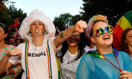 Australie: Le Sénat adopte la loi sur le mariage des couples homos