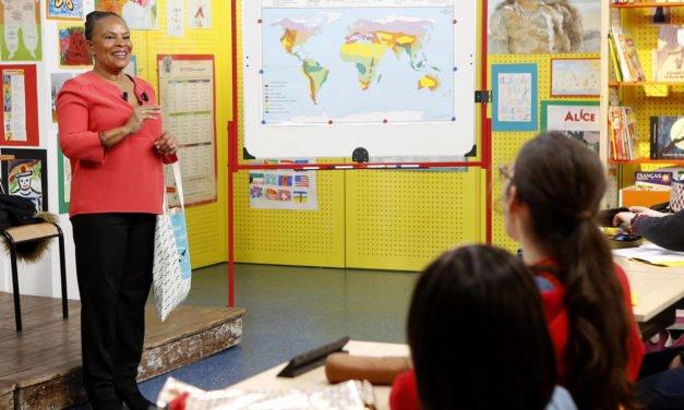 Christiane Taubira explique l'homoparentalité aux enfants