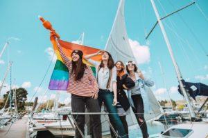 Pour la Pride la plus à l'ouest (Brest) ce 19 mai, une partie de l'équipe de 'Tacle, association qui nous s'occupe de la programmation artistique de la Pride. Photo : Pierrick Gouillou et Aïdan