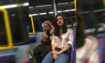 Londres : Un couple de lesbiennes agressé dans un bus pour avoir refusé de s'embrasser
