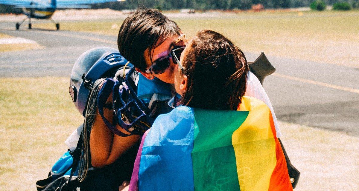 Australie : des parachutistes LGBTQ se rassemblent à l'occasion de la première édition du festival Pride Boogie