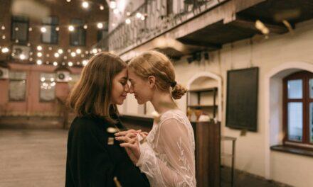 Covid : le défi de la rencontre amoureuse par Drague Queer