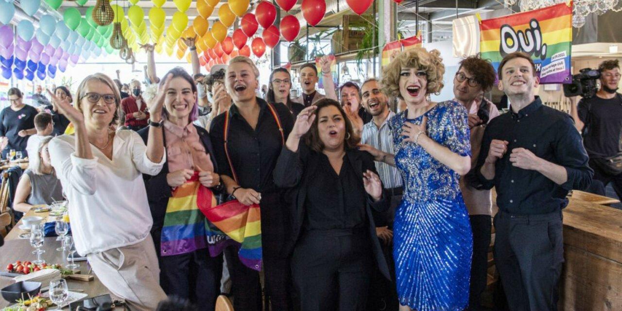 La Suisse est en passe de devenir le 30è pays à ouvrir le mariage aux couples homos
